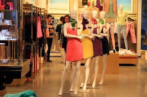 Women Clothing Store Models