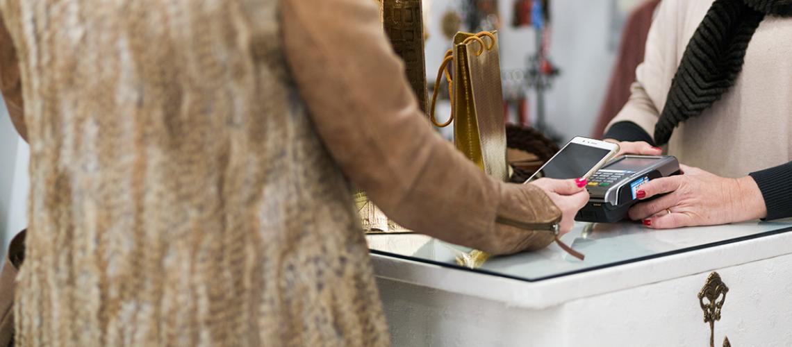 Storetraffic-Customer-Service-in-Retail-_SMS